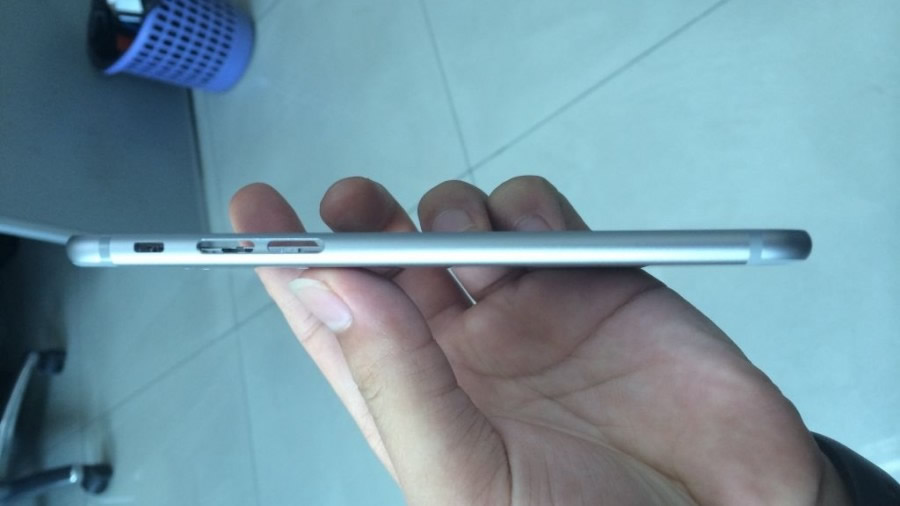 Apple iPhone 6 - Side Angle