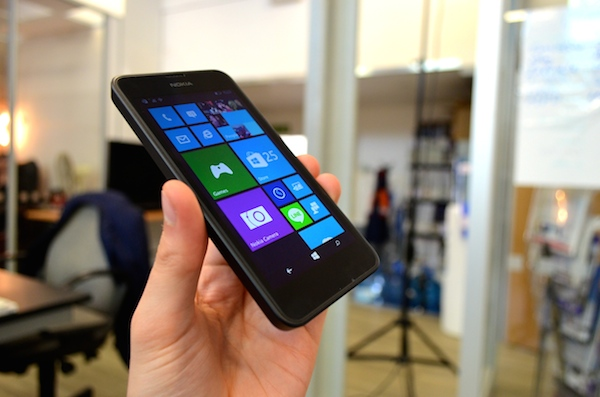 Nokia Lumia 630 Display