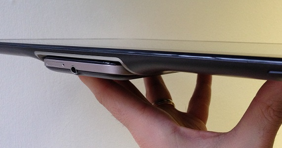 Asus Padfone 2 Docked Side Angle