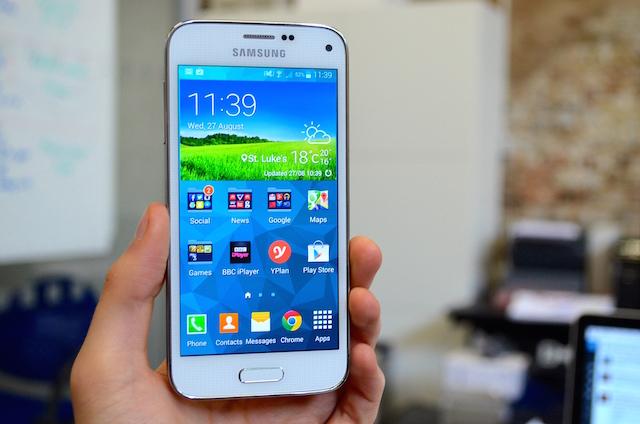samsung galaxy s5 mini review. Black Bedroom Furniture Sets. Home Design Ideas