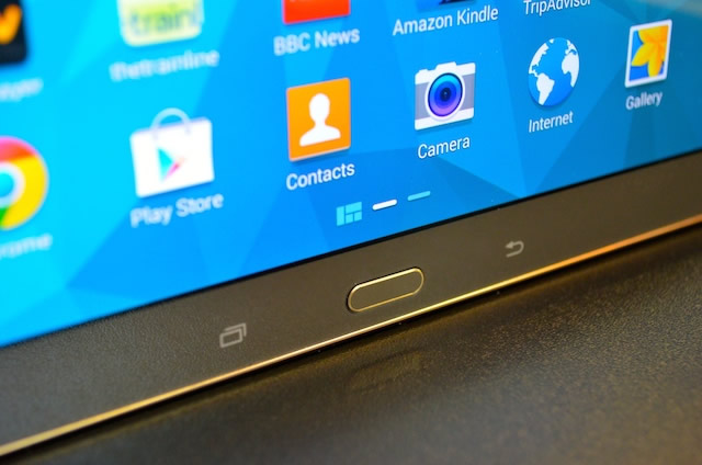 Samsung Galaxy Tab S Display