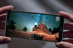 What is Mobile HDR and which phones support HDR?