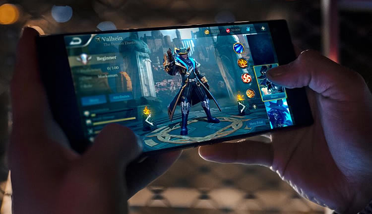 Razer phone deals on three contract and pay as you go offers 3g razer gaming phone stopboris Choice Image