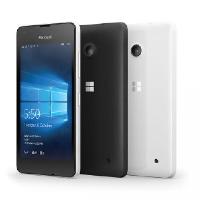 Three gives Lumia some love